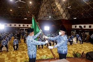 Sekda Aceh Taqwallah Lantik  Pengurus KORPRI Kabupaten/Kota dan KORPRI Unit SKPA