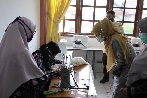 Ketua Dekranasda Aceh Rayakan Tradisi Meugang Bersama Anak Binaan Dinsos