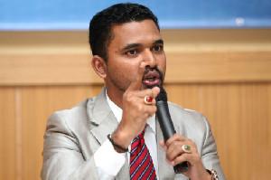 Iskandar Alfarlaky: PT Medco Harus Melakukan Pendampingan Dan Ganti Rugi