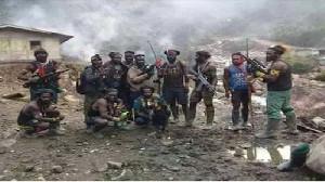 Saling Baku Tembak Satgas Nemangkawi Vs KKB di Kabupaten Puncak