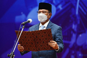 Lantik 3 Pimpinan Tinggi Pratama, Menkominfo Harapkan Komitmen Reformasi Manajemen