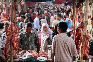 Jelang Meugang, Dinkes Aceh Besar Ketatkan Protokol Kesehatan di Pasar Induk