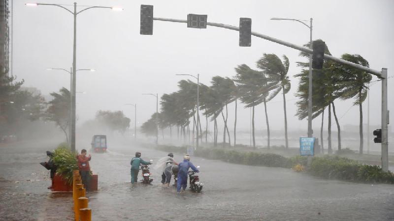 Hujan Dan Angin Kencang,  9 Rumah Warga Seuriweuk Rusak