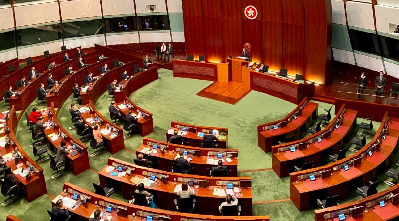 Parlemen di Hong Kong yang Pro-Beijing Definisikan Kembali Demokrasi