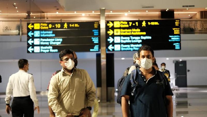 Masuk Indonesia,  32 WNA Asal India Dipulangkan