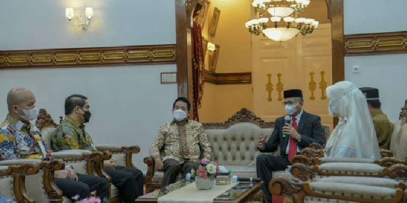 Terima Kunjungan BSI, Gubernur Nova Ajak Bersinergi dengan Bank Aceh Syariah