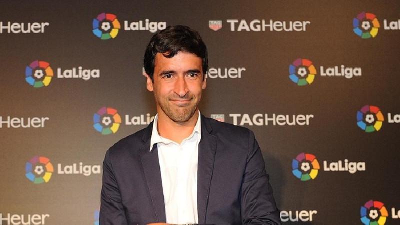 Raul Gonzalez Difavoritkan Penerus Zinedine Zidane Latih Klub Real Madrid