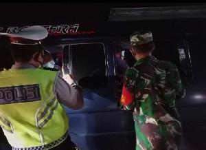Terkait Larangan Mudik, TNI/Polri Perketat Pemeriksaan Kendaraan