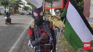 Galang Dana Untuk Palestina Dengan Berjalan 181 KM
