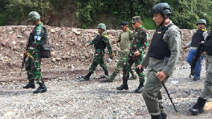 Lagi, TNI-Polri Baku Tembak dengan KKB Papua