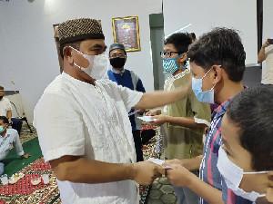 Ikasmantig Gelar Raker Perdana Sembari Berbagi