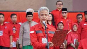 PDIP Panas :  Ganjar Vs Loyalis Soekarno