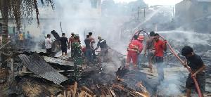 Jelang Lebaran, 8 Rumah Warga di Aceh Tamiang Terbakar