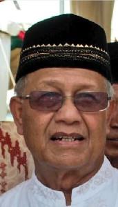 Mengenang Prof. Dr. Syamsuddin Mahmud Sosok Bersahaja yang Kaya Ilmu