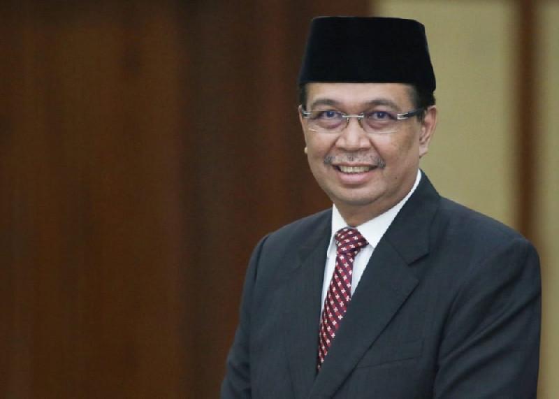 Rektor USK: Prof. Dr. H. Syamsudin Mahmud, Putra Aceh yang Ahli Moneter