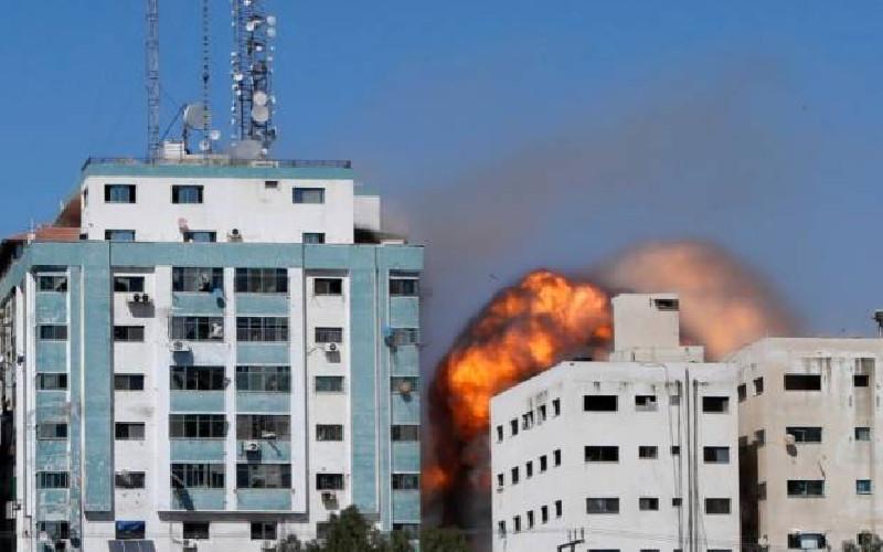 Serangan Rudal Israel Targetkan Gedung Media Al Jazeera dan AP di Gaza