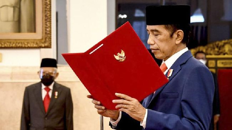 Teken Perpres Baru, Jokowi Tambah Posisi Wakil Menteri PAN-RB