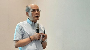 Ekonom Senior Kritik Sri Mulyani Terkait Penanganan Covid-19