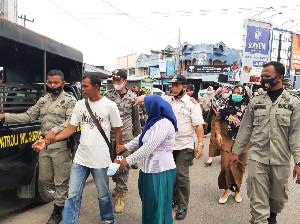 Gelandangan dan Pengemis di Aceh Besar Diangkut Satpol PP