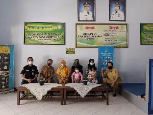 Tempuh 14 Jam Lebih Perjalanan, Dinsos Aceh Serahkan Fitria Ningsi ke Pihak Keluarga di NTB