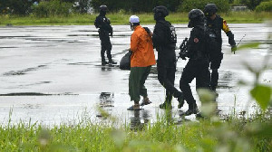 Densus 88 Tangkap 13 Teroris di Riau