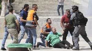 Israel Tangkap 10 Warga Palestina
