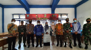 Aminullah Bersama Kapolresta Banda Aceh, Kunjungi  SMPN 9 dan SMPN 4 Tinjau Kegiatan Vaksinasi Massal
