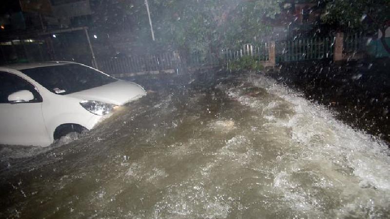 Hari Ini BMKG Prediksi Hujan Lebat di Seluruh Indonesia