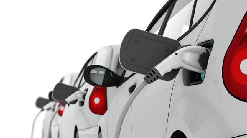 Indonesia Ditargetkan Jual Mobil dan Motor Listrik 2050