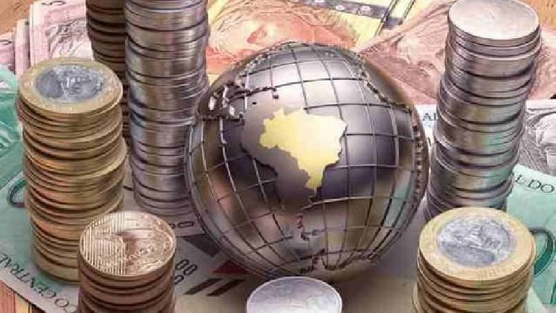 Ekonomi RI Terancam Luar Dalam