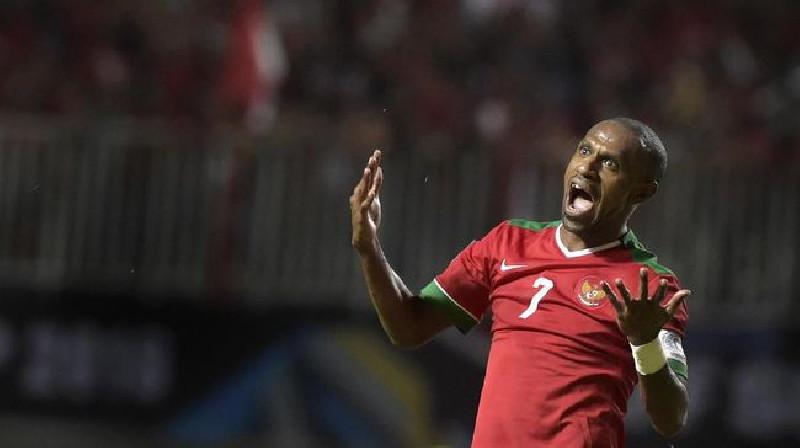 Resmi, Mantan Kapten Timnas Indonesia Boaz Solossa Gabung Borneo FC