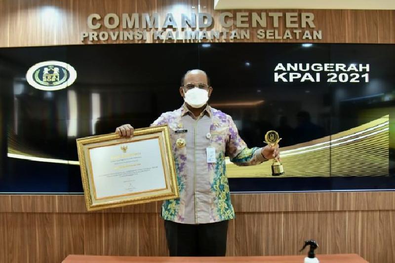 Konsisten Lindungi Anak Dari Kekerasan, Gubernur Kalsel Terima Anugerah KPAI 2021