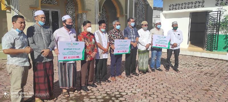Bank Aceh Syariah Salurkan CSR kepada Ormas Islam di Abdya