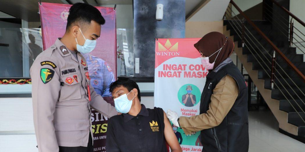 Di Lhokseumawe, Tamu Hotel Dapat Vaksin Gratis