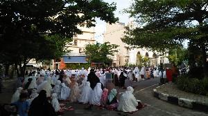 Masyarakat Banda Aceh laksanakan Shalat Idul Adha di Tengah Pandemi Covid-19