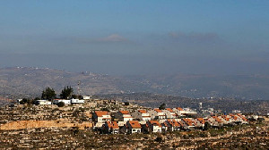 Pemukim Israel Tinggalkan Pos Terdepan Tepi Barat Palestina