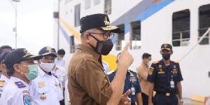 Kunker ke Singkil, Gubernur Nova Tinjau Kapal Aceh Hebat 3