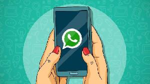 Guna Menghentikan Berita Hoaks, WhatsApp Blokir 2 Juta Akun di india