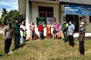 Babinsa Koramil 18/Ingin Jaya Ikut Resmikan Posko PPKM Mikro di Desa Gani