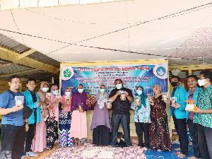PKM UNSAM Serahkan 3 Alat Pendukung Produksi Bawang Goreng Kepada Pelaku UMKM Berkah