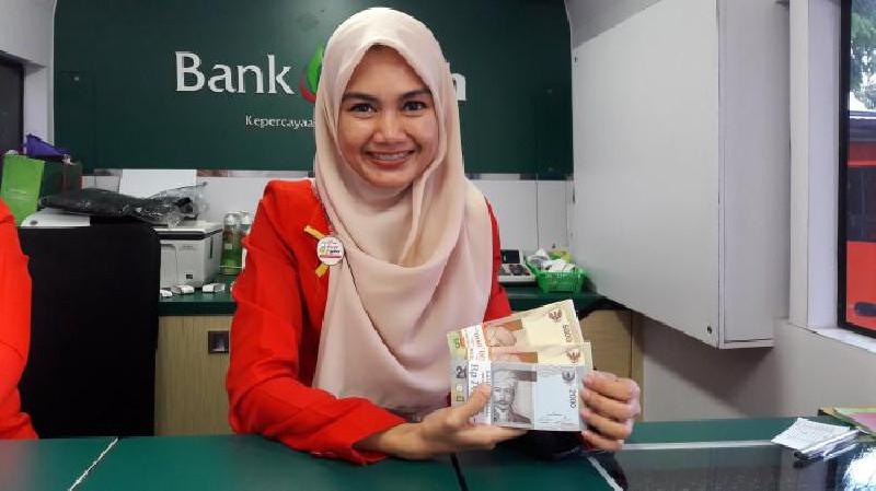 Mau Jadi Pegawai Bank? Intip Daftar Gaji Bank Aceh Syariah
