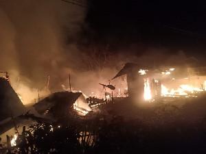 9 Rumah di Bener Meriah Ludes Terbakar