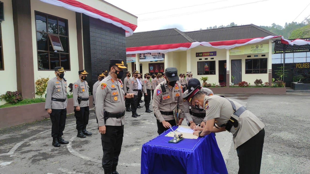 Dua Kapolsek Di Aceh Tengah Diserahterimakan