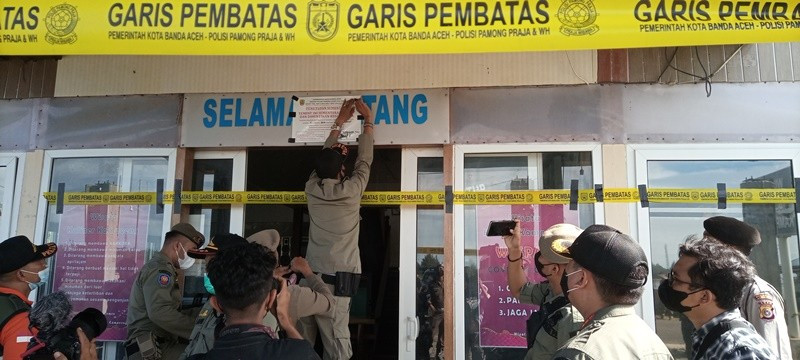 Melanggar Syariat Islam, Kafe Kuliner Gampong Disegel Satpol-PP Banda Aceh