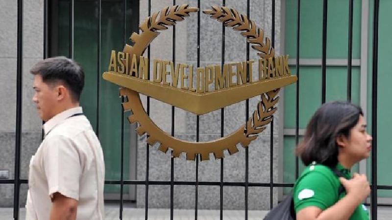 ADB Pangkas Proyeksi Ekonomi jadi 3,1 Persen