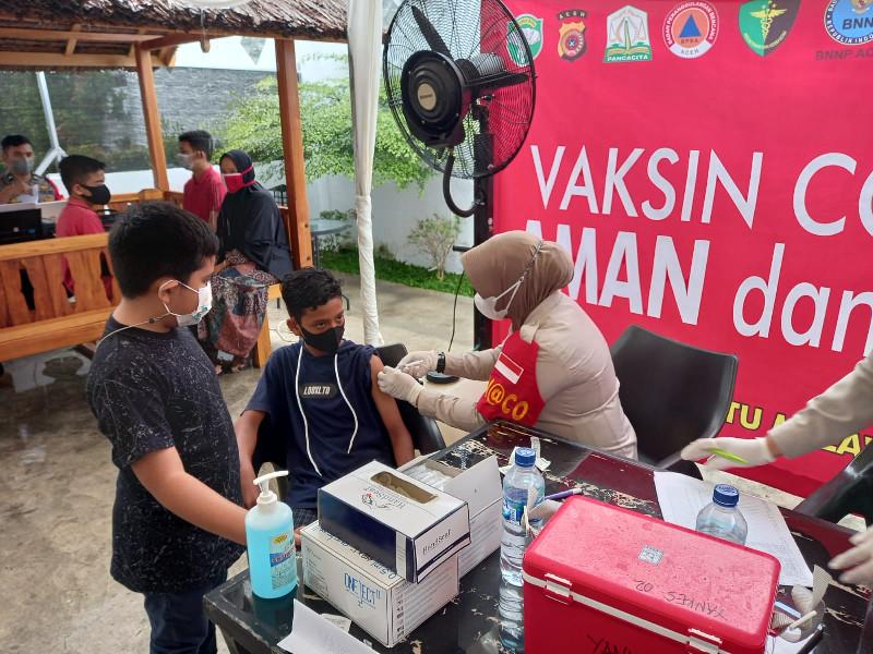 RoadBike Aceh Ikut Dalam Kegiatan Lauching Gerai Vaksin di Warung Kopi