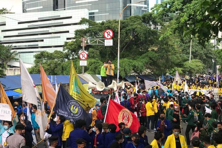 Demo BEM SI di KPK Ricuh Hingga Saling Dorong