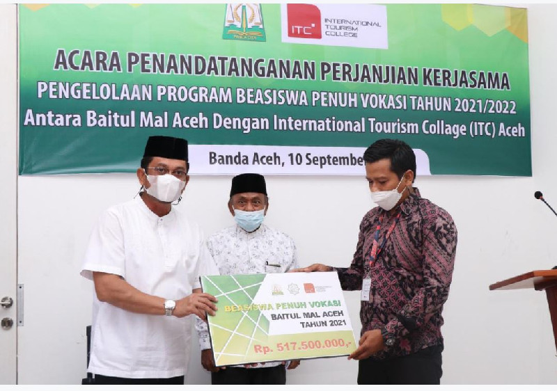 BMA Berikan Beasiswa Penuh Vokasi Kepada 15 Mahasiswa ITC Aceh