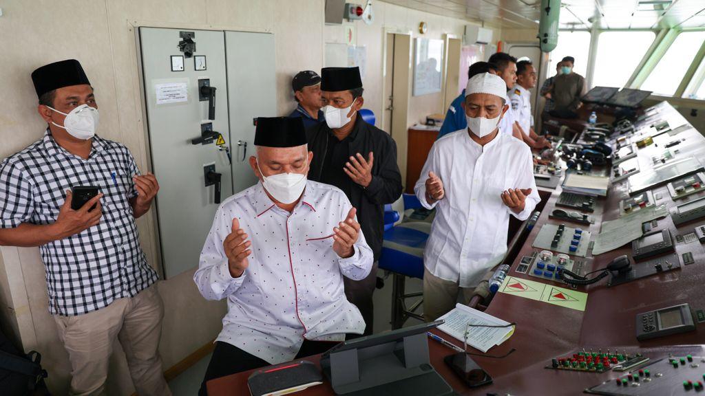 Kali Ini, Sekda Ikut Dzikir dan Do'a dari Lambung Kapal Aceh Hebat 1 Kotak Masuk