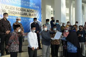 Taqwallah Antar SK Kenaikan Pangkat ASN di Nagan Raya dan Aceh Barat